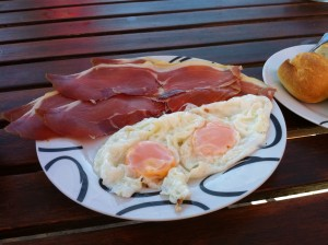 jamon and eggs breakfast